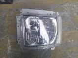 Đèn pha Isuzu 700P
